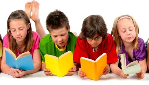 چگونه فرزندان خود را به کتاب خواندن عادت بدهیم