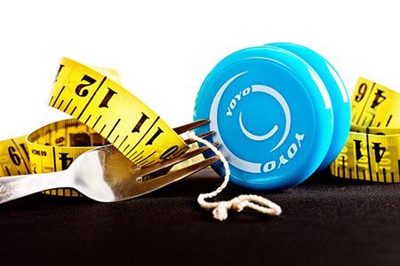 رژیم غذایی یویویی Yo-Yo diet,رژیم غذایی یویویی , رژیم غذایی یویویی با شما چه میکند,رژیم غذایی لاغری یویویی,کاهش وزن,لاغری,مکمل های کاهش وزن و لاغری,10 دلیل محکم برای اینکه رژیم یویو برای شما مضر است!,reasons yoyo dieting,همه چیز درباره رژیم غذایی یویویی,
